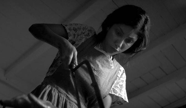 VOD REVIEWS: Nicolas Pesce's THE EYES OF MY MOTHER chills and charms as only a beautiful country surgeon could