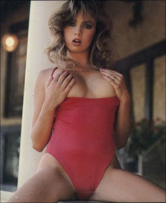 """TRACI LORDS totally looking """"of age"""""""